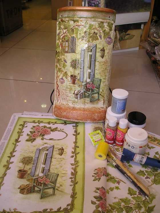 U as decoradas con servilletas una nueva t cnica que for Decoupage con servilletas en muebles