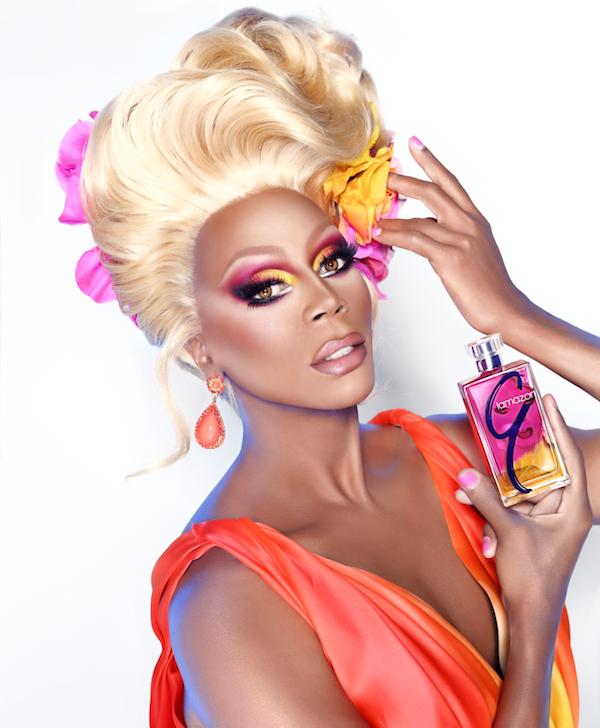 La nueva fragancia forma parte del sello de RuPaul, quien ya ha lanzado cosméticos y un disco bajo la marca Glamazon
